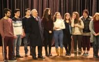 ÇOCUK KOROSU - Erdemli Şehir Tiyatrosu İlk Oyununu 3 Şubat'ta Sahneleyecek