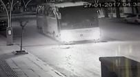 Freni Boşalan Yolcu Otobüsü Kameralara Yansıdı