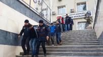 SABIKA KAYDI - İstanbul'da Çökertilen Hırsızlık Çetesinin Üyeleri Adliyeye Sevk Edildi