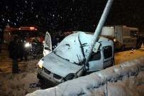ŞAH İSMAIL - Karabük'te Trafik Kazası Açıklaması 2 Ölü, 1 Yaralı