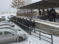MUVAZZAF ASKER - Karaman'da FETÖ/PDY Operasyonunda Gözaltındaki 15 Kişi Adliyeye Sevk Edildi