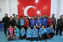 KAĞıTSPOR - Özel Sporcular Masa Tenisinde Yarıştı