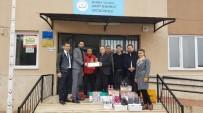 KIRTASİYE MALZEMESİ - Salihli Beşiktaşlılar Derneği'nden Yardım Eli