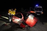 İŞÇİ SERVİSİ - Tekirdağ'da İşçi Servisi İle Otomobil Çarpıştı Açıklaması 1 Ölü, 1 Yaralı