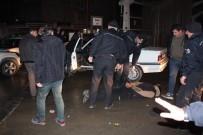 ALKOLLÜ SÜRÜCÜ - Trafik Magandaları 6 Araca Çarptıktan Sonra Polisi Peşine Taktı