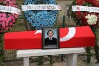 ATAKÖY - Uçak Kazasında Hayatını Kaybeden Yükleme Uzmanı Son Yolculuğuna Uğurlandı