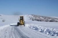 85 Araç Ve 169 Kişiyle Karla Mücadele Ediliyor