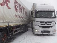 CANKURTARAN - Cankurtaran'da Ulaşıma Kar Engeli
