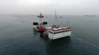 İstanbul'da Batan Gemi Havadan Görüntülendi