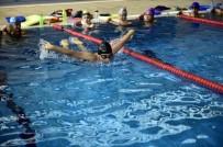 MAMAK BELEDIYESI - Mamak Belediyesi Yüzme Havuzu'nda Büyük Bakım Başladı