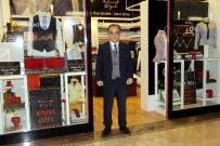 MUSEVI - 20 Metrekarelik Dükkanında Tasarladığı Kıyafetleri Dünyaya Pazarlıyor