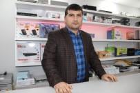 YENI CAMI - Cep Telefonu Satıcıları Hırsızlıklardan Muzdarip