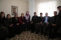 HAREKAT POLİSİ - Vali Yavuz'dan Şehit Ailelerine Ziyaret