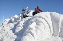 KAFKAS ÜNİVERSİTESİ - 90 Bin Askeri Temsilen Kardan Heykel Yapıyorlar