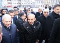 GELİR VERGİSİ - Belediye Başkanı Kara'nın 6'İnci Bölge Açıklaması