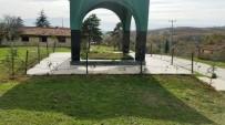 NEVZAT DOĞAN - İzmit Belediyesi, Sadıklar Köyündeki Türbede Bakım Çalışması Yaptı