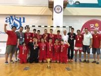 HÜSEYIN MUTLU - Karşıyaka'da 110 Bin Kişi Spor Yaptı