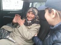 ALZHEIMER - Kaybolan Yaşlı Kadının İmdadına Mobil Zabıta Ekipleri Yetişti
