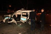 KIRMIZI IŞIK - Şüpheli Aracı Kovalayan Polis Otosu Tankerle Çarpıştı: 2 Şehit