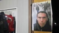 Teröristin fotoğrafı parklara asıldı