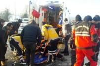 KOZCAĞıZ - Bartın'da Otomobil Şarampole Yuvarlandı Açıklaması 3 Yaralı