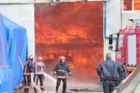 YAĞCıLAR - Baza Deposunda Çıkan Büyük Yangın Söndürüldü