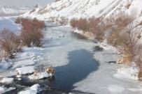 Bingöl'de Hava Sıcaklığı Eksi 20'Yi Gördü