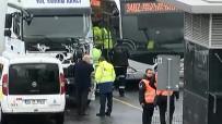 OKMEYDANı - İstanbul'da Metrobüs Kazası Açıklaması 3 Yaralı