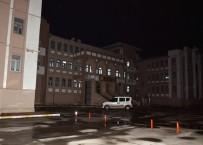 KAR MASKESİ - Kar Maskeli Okul Hırsızı Yakalandı
