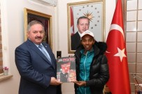 MİLLİ ATLETLER - Milli Atlet Elvan Abeylegesse Kayseri OSB'yi Ziyaret Etti