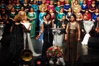 İSPANYOLCA - 105 Kadından 105.Konser