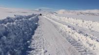 KIŞ LASTİĞİ - Ağrı'da 507 Köy Yolu Ulaşıma Açıldı