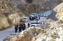 KARAAĞAÇ - Polisten Kaçan Şüpheliler Yayayı Ezdi