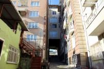 AYDOĞAN - 5 Katlı Binanın Altından Sokak Geçiyor