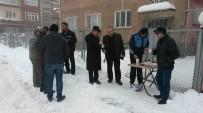 AKŞEHİR BELEDİYESİ - Akşehir'de Kar Temizleme Çalışmaları Sürüyor