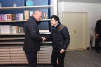 Başkan Keleş'e Özel Eğitim Öğrencilerinin Ziyareti