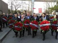 KARTAL BELEDİYE BAŞKANI - CHP'li Belediye Başkanları Reina Önünde Hayatını Kaybedenleri Andı