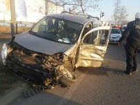 Fatsa'da Trafik Kazası Açıklaması 4 Yaralı