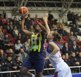 SAYıLAR - Fenerbahçe, Mersin'de Rahat Kazandı