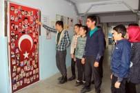 Hakkarili Öğrenciler Demokrasi Şehitlerini Unutmadı