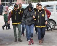 YANKESİCİLİK VE DOLANDIRICILIK BÜRO AMİRLİĞİ - Polis Ve Savcı Olarak Aradıkları 3 Vatandaşı 170 Bin Lira Dolandırdılar