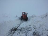 KÖY YOLLARI - Siirt'te 40 köy yolu ulaşıma kapandı