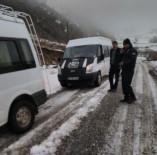 EMNİYET AMİRLİĞİ - Trafik Ekiplerinden Kar Lastiği Uygulaması