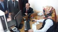 BOZOK ÜNIVERSITESI - Yeni Kimliklere Vali, Belediye Başkanı Ve Rektör Birlikte Başvurdu