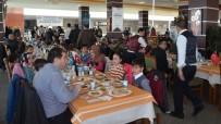 İLKOKUL ÖĞRENCİSİ - ASKON Bitlis Şubesinden 100 Öğrenciye Giyim Ve Kırtasiye Yardımı