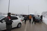 BOLU DAĞı - AVM'nin Bağlantı Yolunu Karayolları Açtı, Belediye Ekipleri Tekrar Kapattı