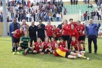 HÜSEYIN TÜRK - Döşemealtı Kadın Futbol Takımı Trabzon Yolcusu