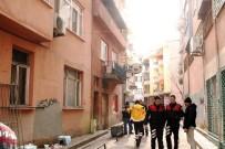 SOLUNUM YETMEZLİĞİ - Kıbrıs Gazisi Evinde Ölü Bulundu