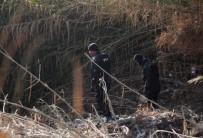 DALGIÇ POLİS - Mersin'de Selde Kaybolan 2 Kişiyi Arama Çalışmaları Sürüyor