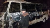 Minibüs Alev Alev Yandı, Sürücü Canını Zor Kurtardı